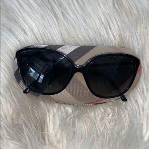 Burberry B4118Q Sunglasses with Case